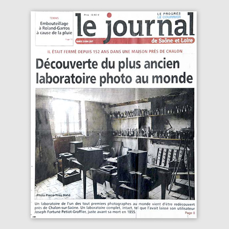 2007: First presentation of the world's oldest photographic lab (1840-1855)