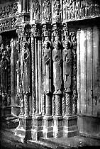 Cathédrale de Chartres, Héliogravure par Ch. Nègre. 725 x 480 mm.
